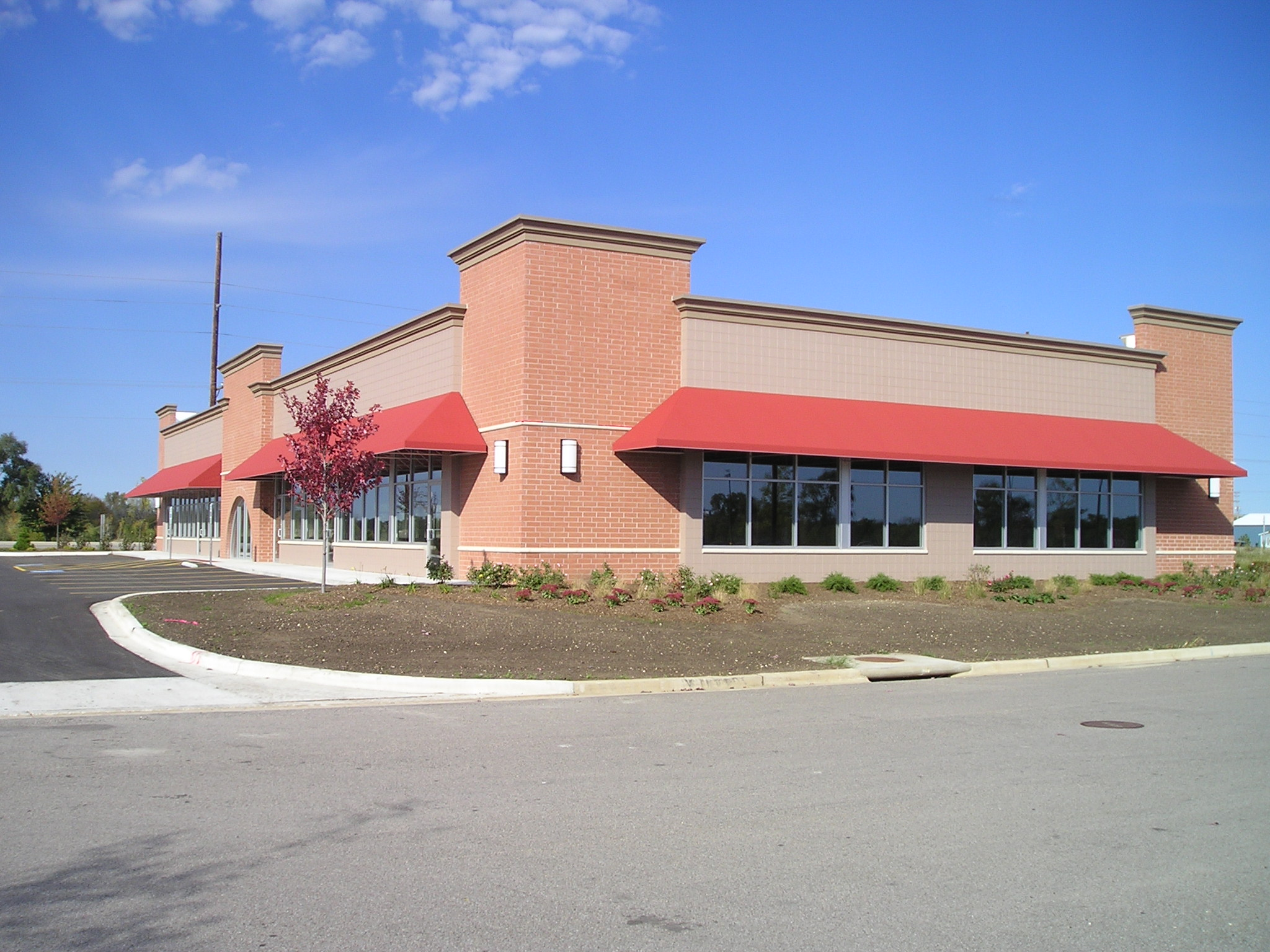 Commercial Construction Project - Rockton Retail Centers Rockford Structures
